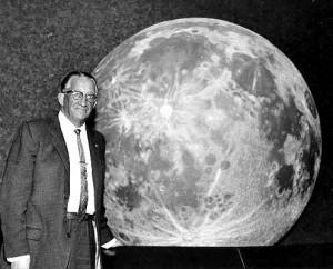 Ted Abram at Dedication of Abrams Planetarium. Photo by Wayland Mayo